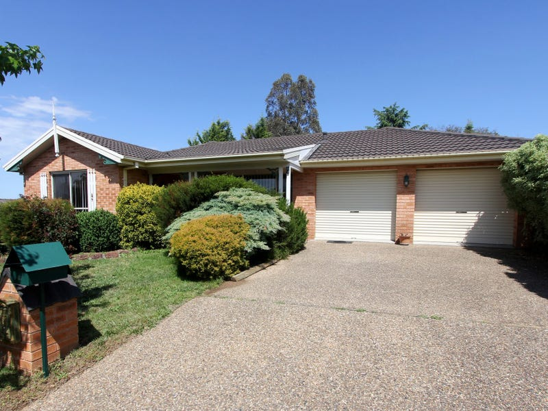 8 Endeavour Avenue, Goulburn, NSW 2580