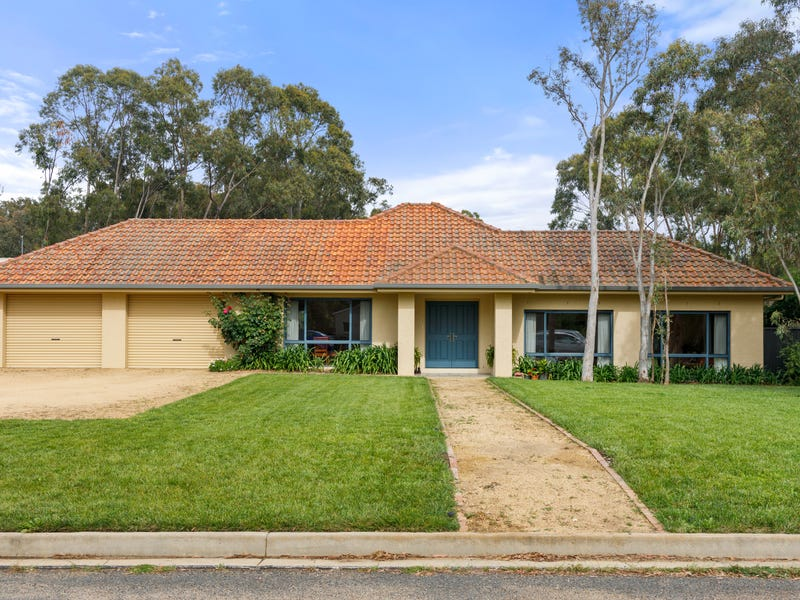 34 Slocombe Street, Goulburn, NSW 2580
