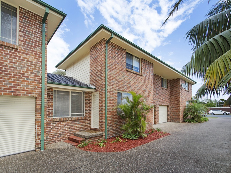 2/66 Pur Pur Avenue, Lake Illawarra, NSW 2528