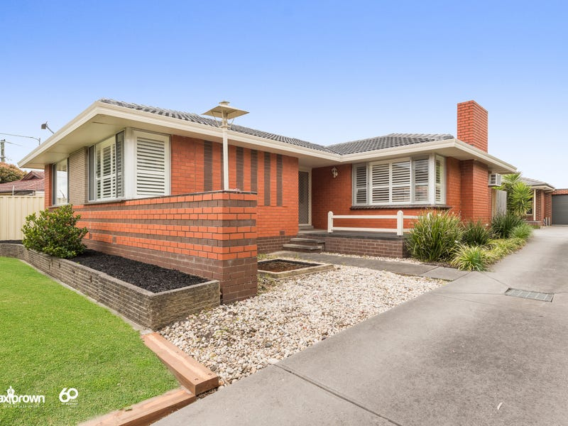 1/84 Country Club Drive, Chirnside Park, Vic 3116