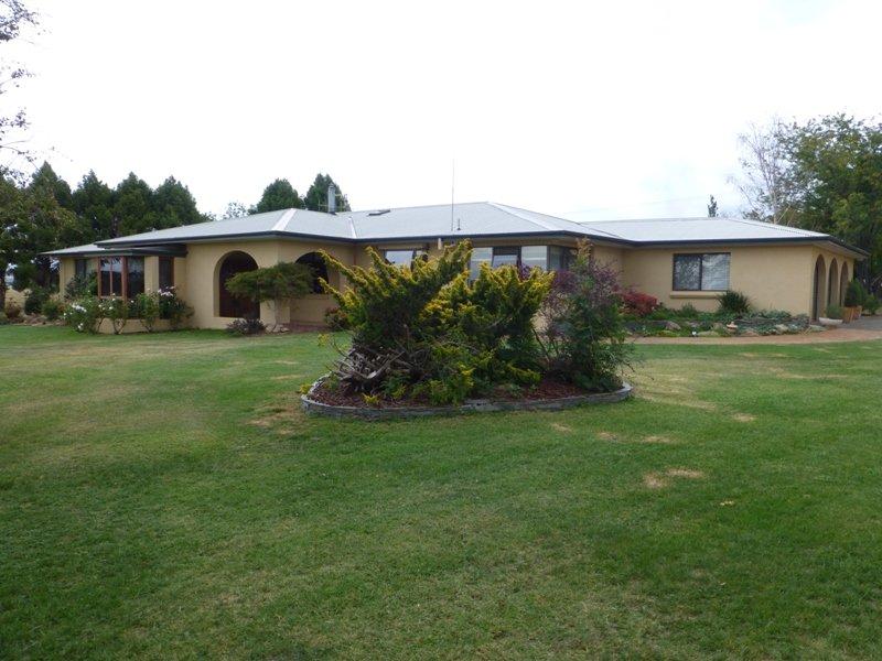 384 Eleven Mile Drive, Eglinton, NSW 2795