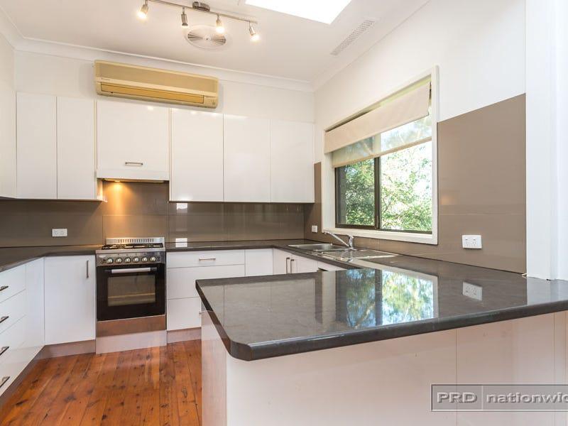 4 Carwood Close, Warners Bay, NSW 2282