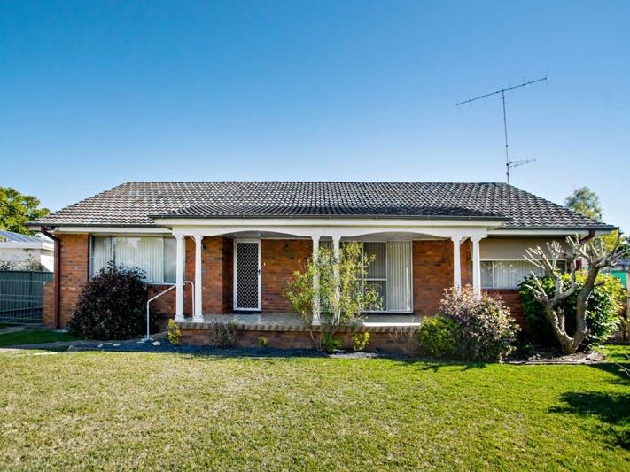 11 Hibiscus Close, Taree, NSW 2430