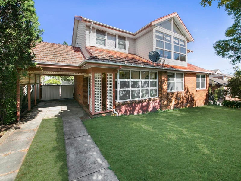 4 Farnham Avenue, Roselands, NSW 2196