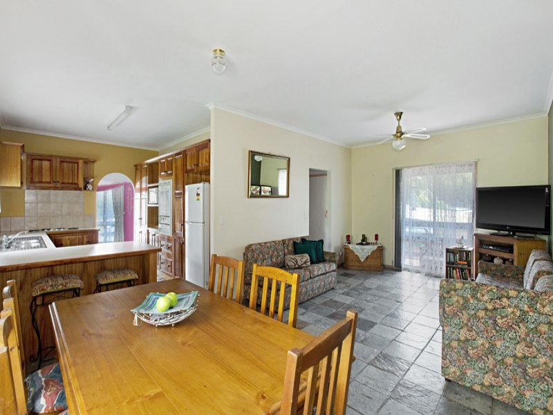 21  Andrew Avenue (Waterford Park), Clonbinane, Vic 3658