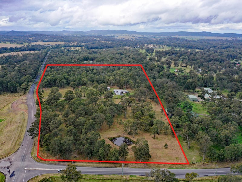 994 Clarence Town Road, Seaham, NSW 2324
