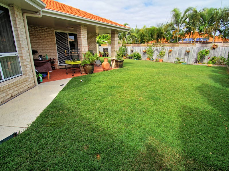 36 Reeders Street, Sandstone Point, Qld 4511