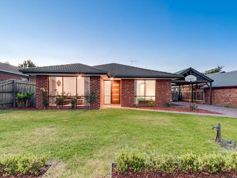 9 Lowther Court, Cranbourne North, Vic 3977