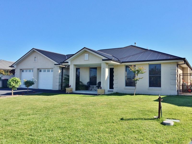 3 Willott Close, Eglinton, NSW 2795