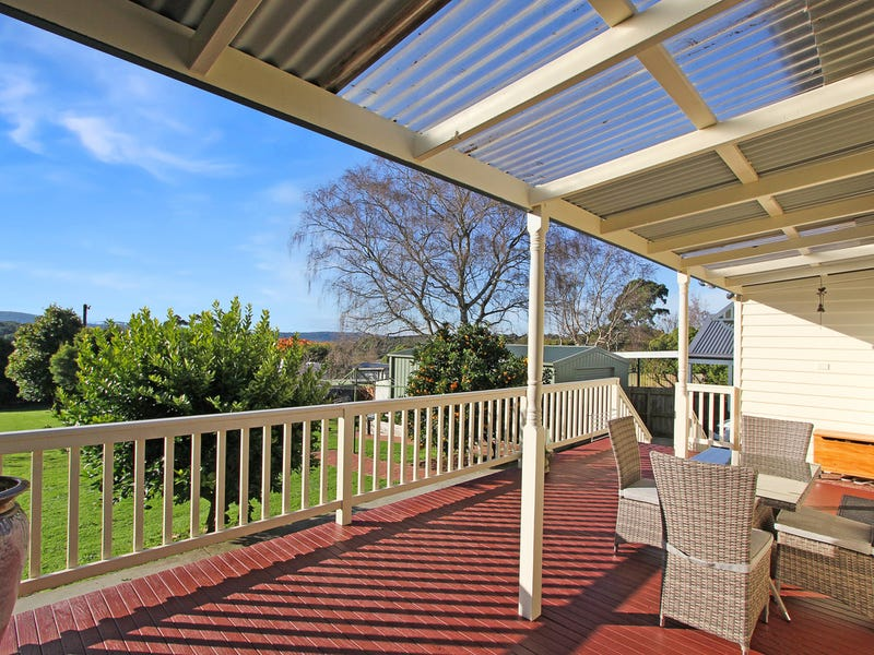 13 Couper Street, Mirboo North, Vic 3871