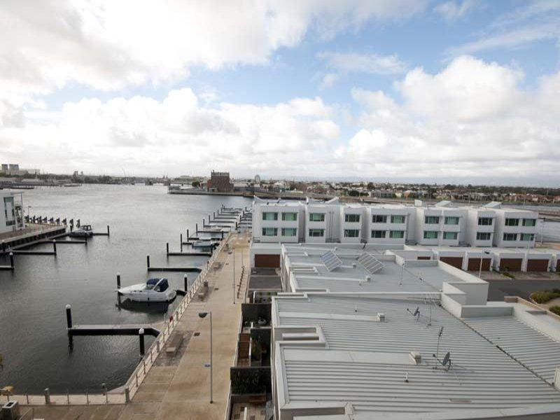 502/1-2 Tarni Court, New Port, SA 5015