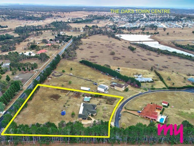 2/690 Montpelier Drive, The Oaks, NSW 2570