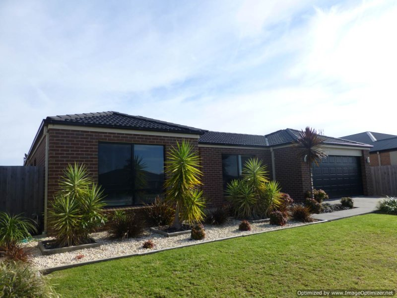10 Kooralbyn Court, Eastwood, Vic 3875