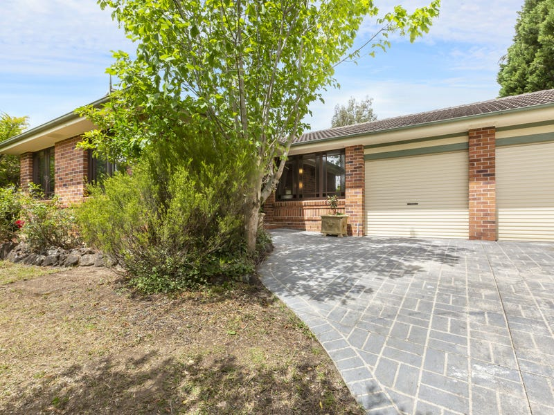 5 Uncle Wattleberry Crescent, Faulconbridge, NSW 2776