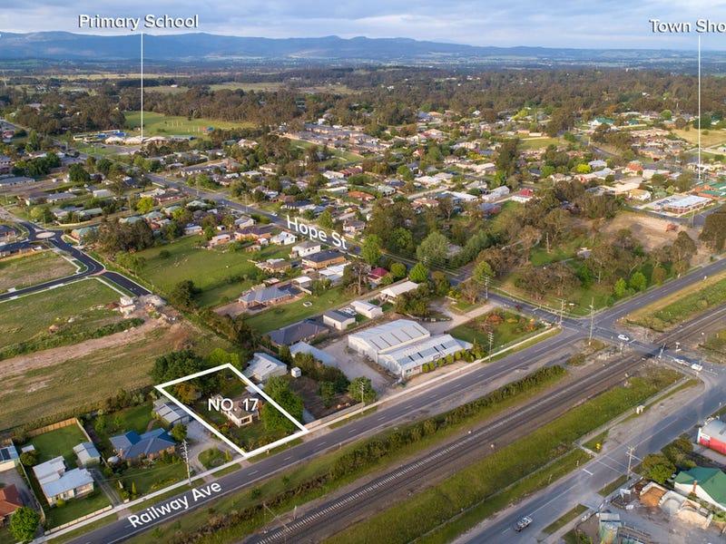 17 Railway Avenue, Bunyip, Vic 3815