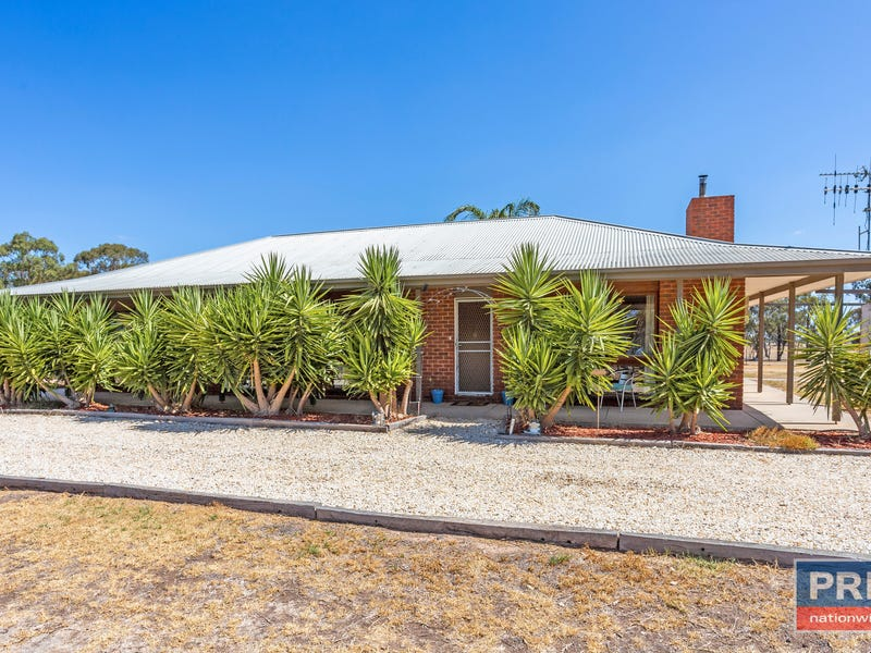21 Jackson Lane, Neilborough, Vic 3570