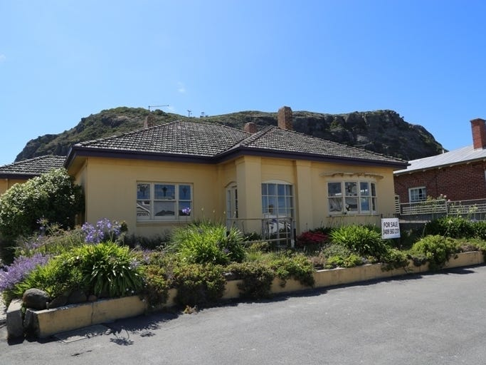 16 Church Street, Stanley, Tas 7331