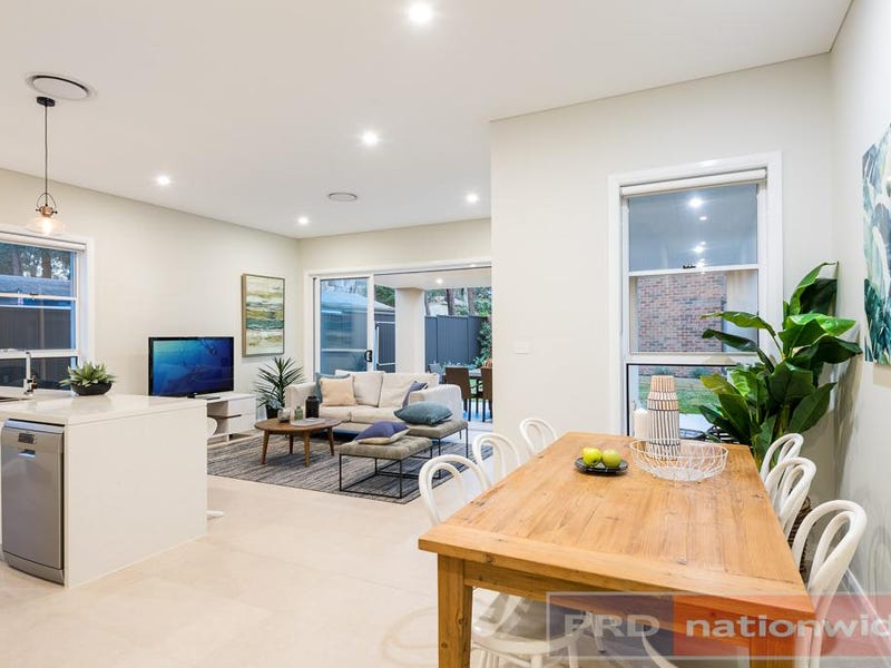 13a Kathleen Parade, Picnic Point
