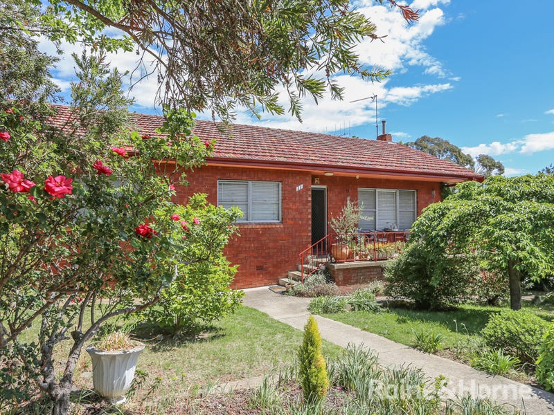 11 Edgell Street, West Bathurst, NSW 2795