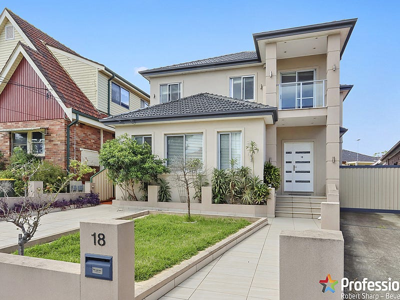 18 Bungalow Road, Roselands, NSW 2196