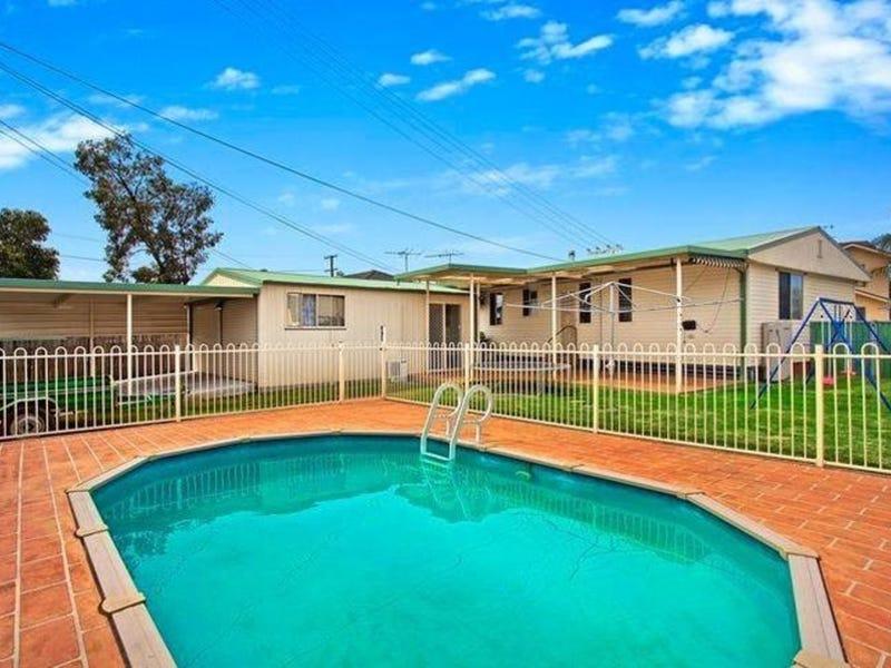 4 Kalgoorlie Place, Cartwright, NSW 2168