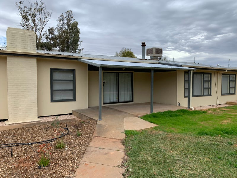62 Mitchell Ave, Dareton, NSW 2717