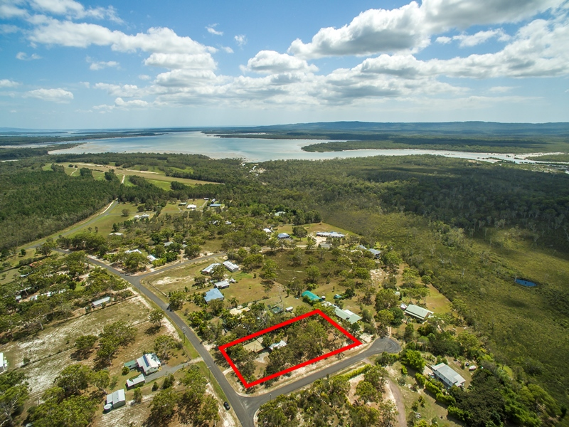 10 Atlantis Avenue, Cooloola Cove, Qld 4580