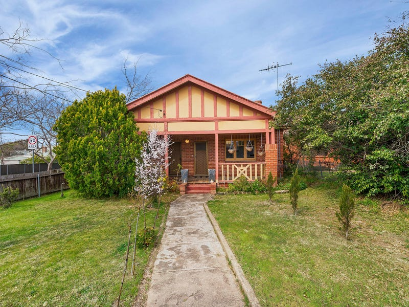 36 Cooma Street, Queanbeyan, NSW 2620