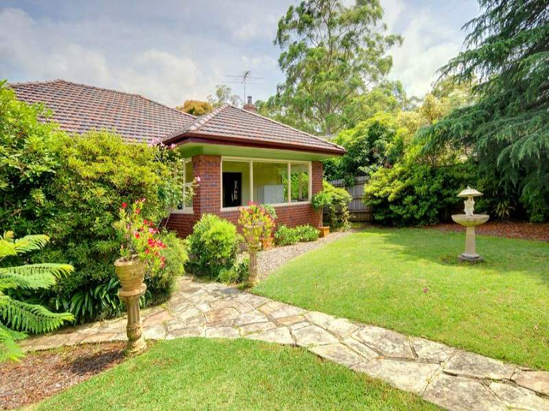 14 Pennant Hills Road, Wahroonga, NSW 2076