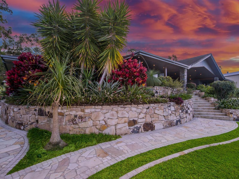 59 Castle Hill Drive South, Gaven, Qld 4211