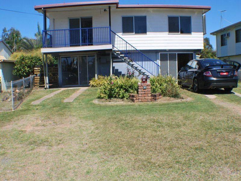 4 Percy Ford Street, Cooee Bay