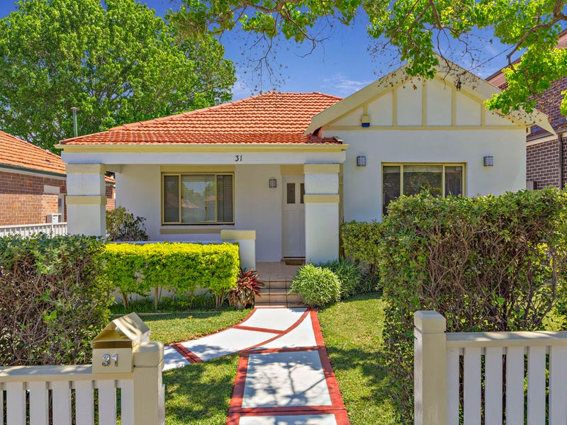 31 Manning Avenue, Strathfield South, NSW 2136