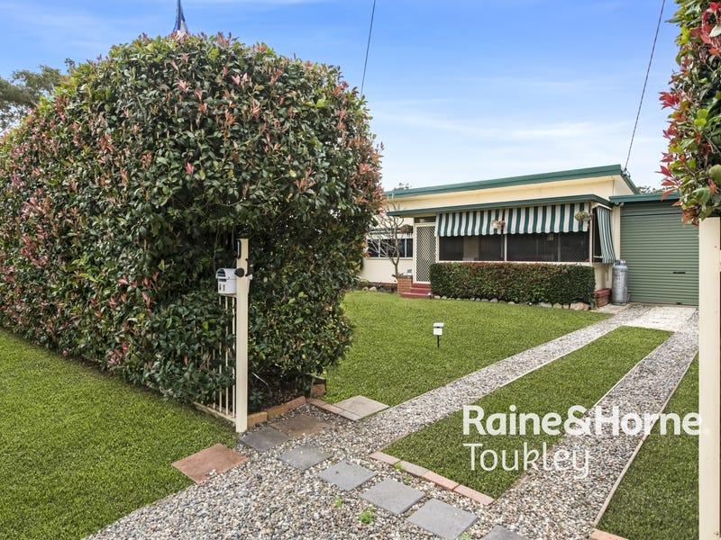 41 Tarwhine Avenue, Chain Valley Bay, NSW 2259