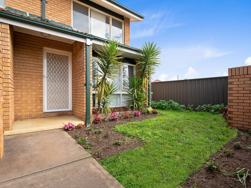 11/11 Kings Road, Ingleburn, NSW 2565