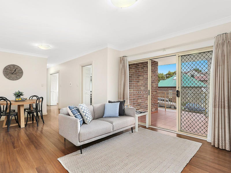 4/52 Carrington Avenue, Hurstville, NSW 2220
