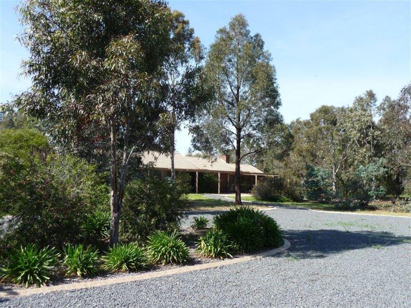 1061 Cummings Rd, Culcairn, NSW 2660