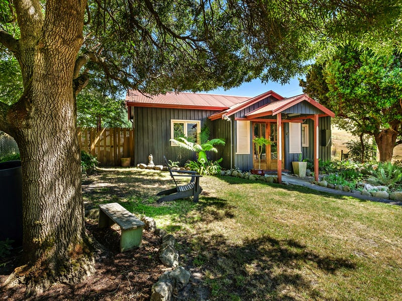 83 Oates Rd, Mountain River, Tas 7109