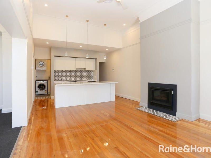 156 Russell St, Bathurst, NSW 2795