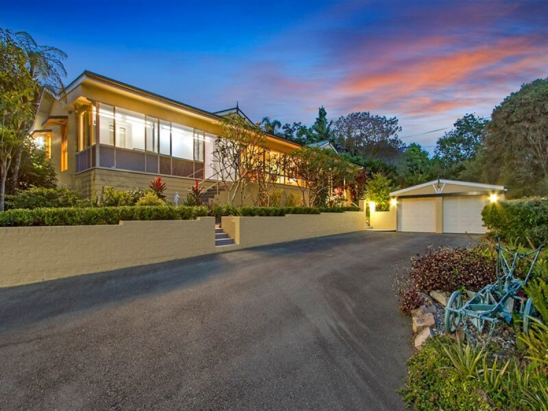 166 QUINNS HILL ROAD WEST, Stapylton, Qld 4207