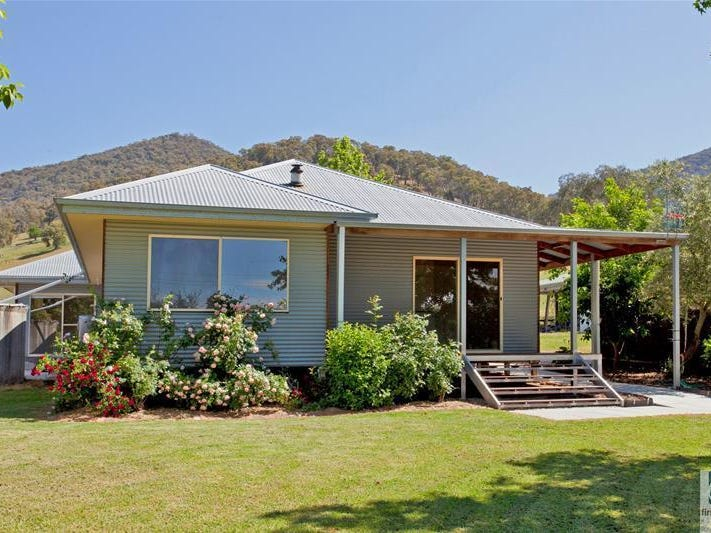1662  Kiewa Valley Highway, Kiewa, Vic 3691