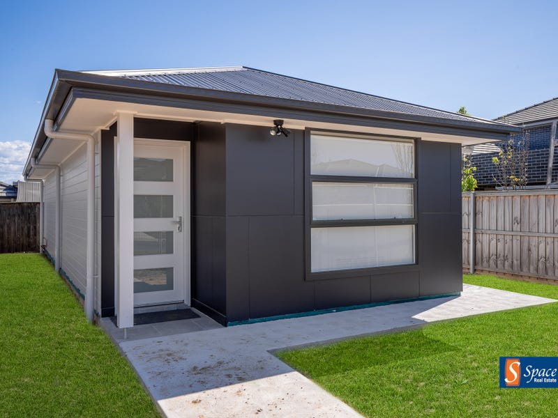 29a Tarrawarra Avenue, Gledswood Hills, NSW 2557