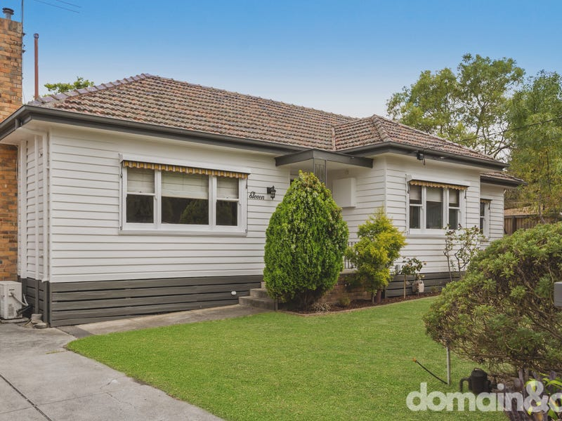 11 Lochnorries Grove, Reservoir, Vic 3073