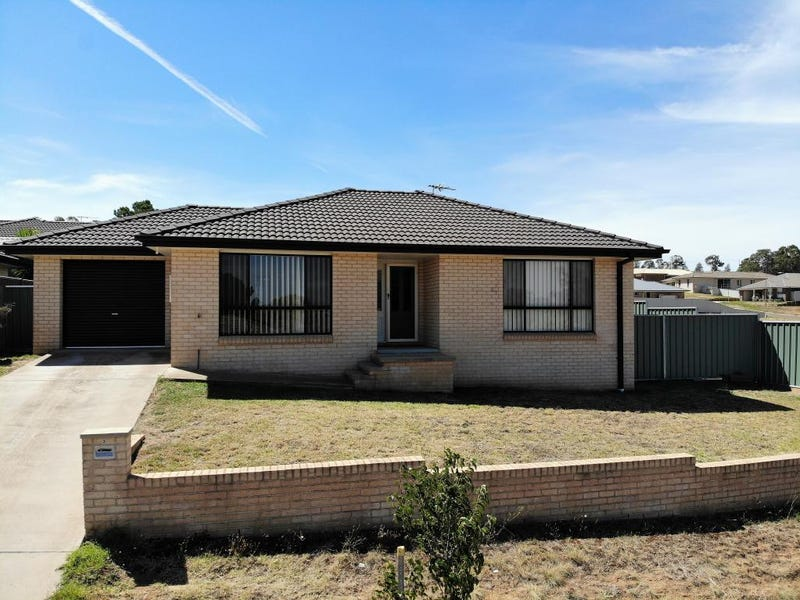3/1 Giugni Place, Young, NSW 2594