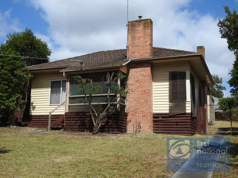 8 Dwyer St, Moe, Vic 3825