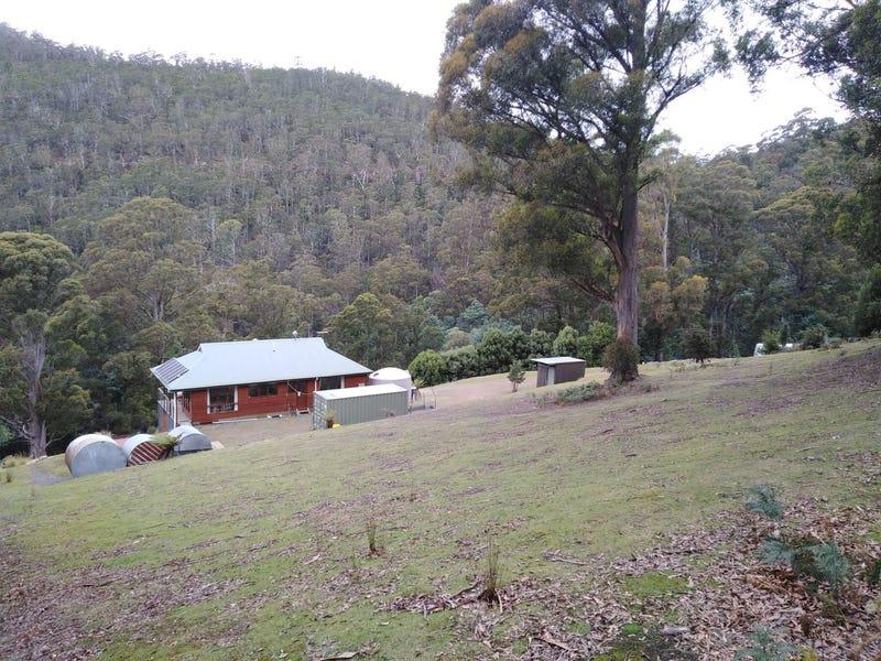 32 Turnip Fields Rd, South Hobart, Tas 7004