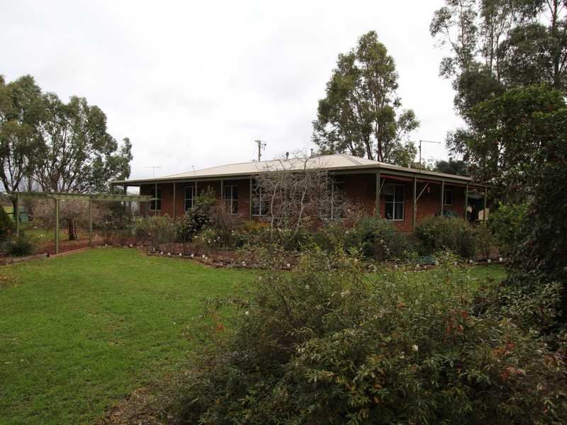 130 Wescotts Road, Wallace, Vic 3352