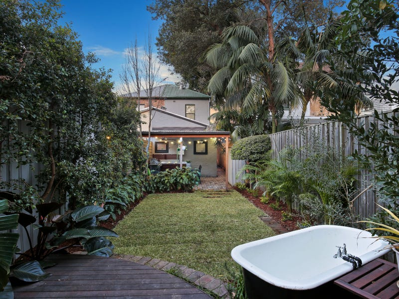 10 Lackey Street, St Peters, NSW 2044