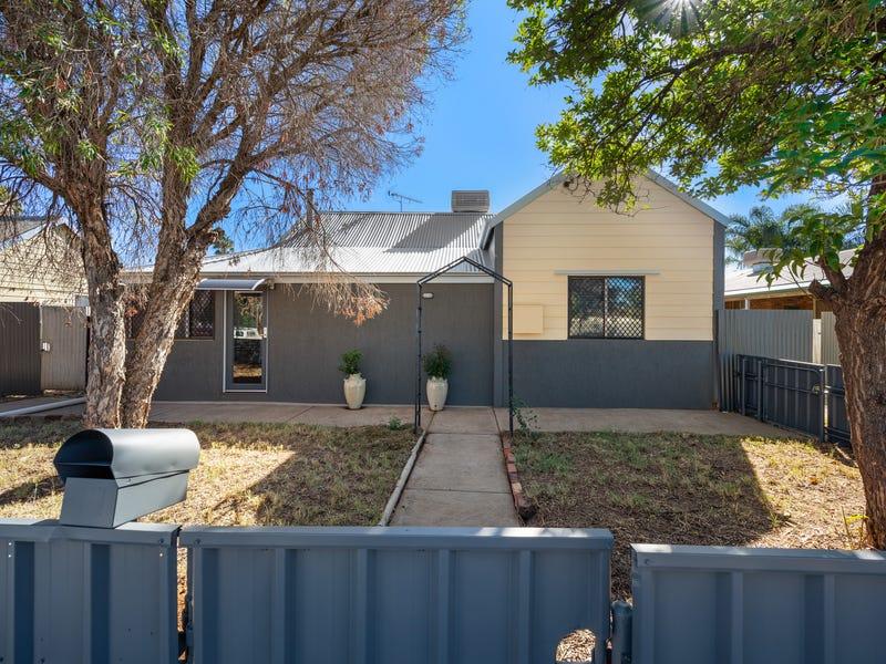 35 Dwyer Street, South Boulder, WA 6432