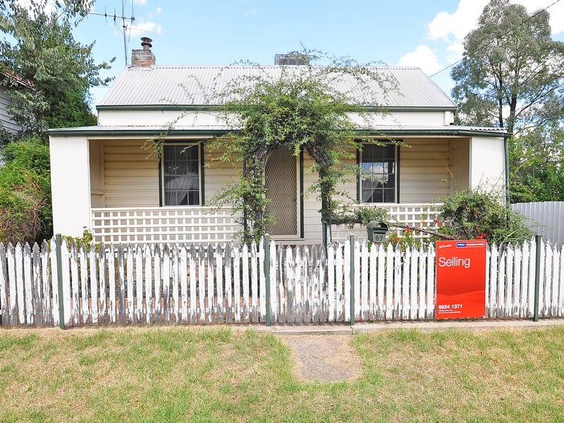 69 Lisgar Street, Junee, NSW 2663