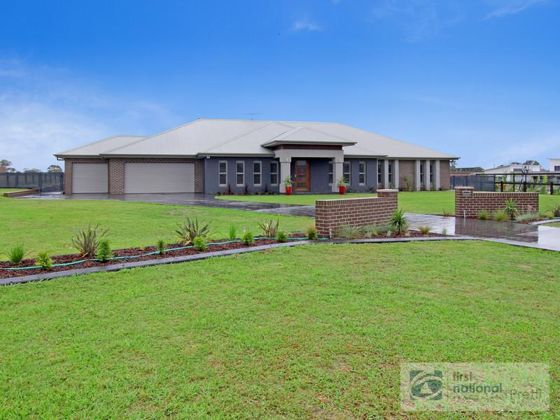 6 Humewood Place, Luddenham, NSW 2745